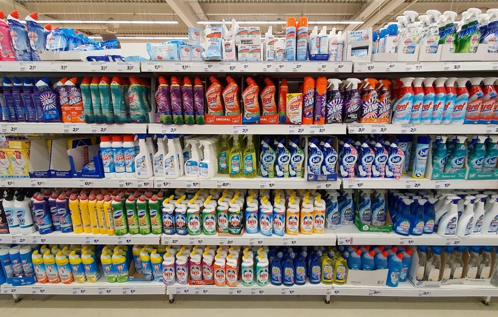 Combate ao coronavírus -entenda a relevância dos produtos saneantes