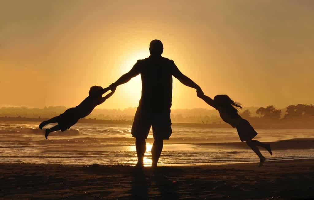 dia dos pais das origens a contemporaneidade a importância do papel paterno