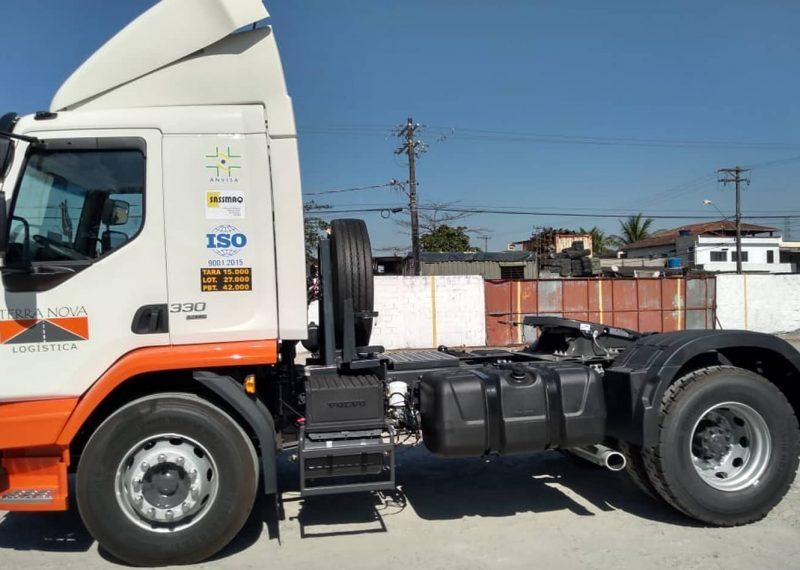 caminhão transporte de cargas logística terra nova