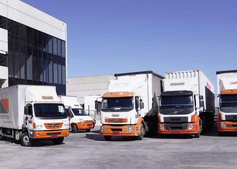 caminhões transporte de cargas grupo terra nova logística