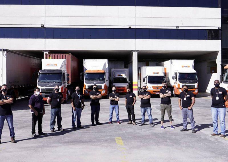 equipe transporte de carga logistica terra nova